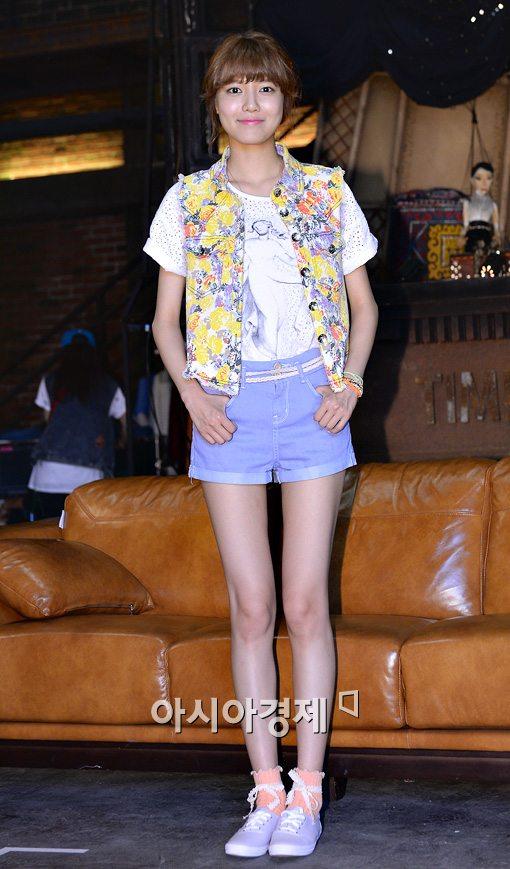 少女時代テヨン 私服